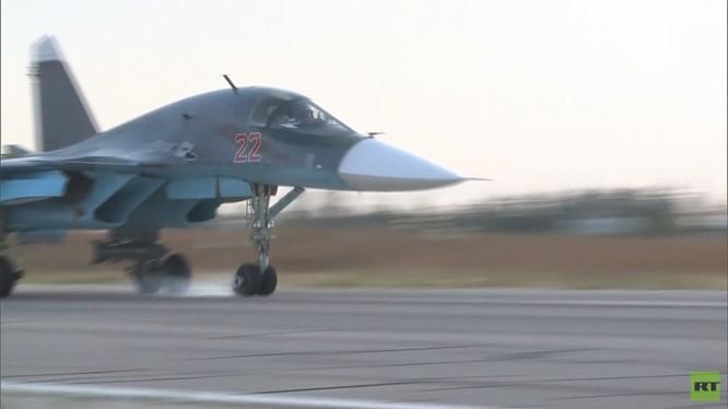 Đột nhập căn cứ không quân Nga ở Latakia ảnh 1