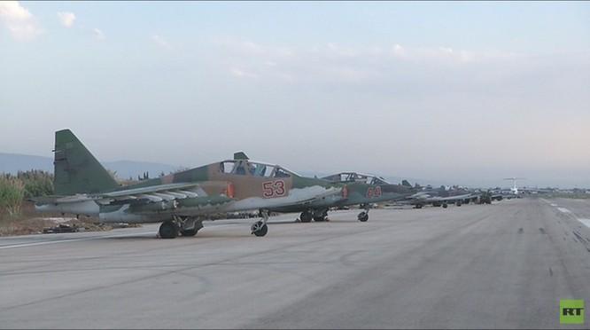 Đột nhập căn cứ không quân Nga ở Latakia ảnh 2