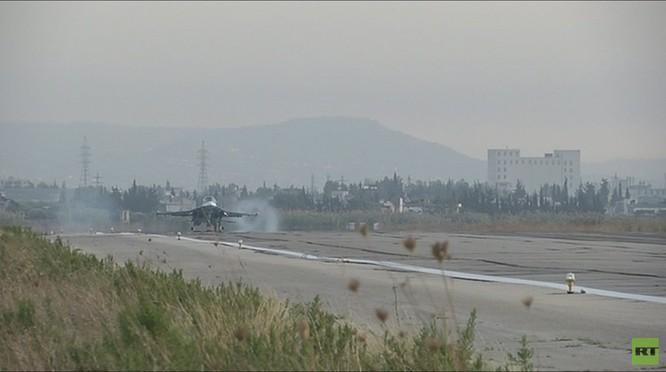 Đột nhập căn cứ không quân Nga ở Latakia ảnh 3