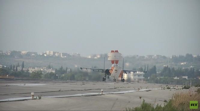 Đột nhập căn cứ không quân Nga ở Latakia ảnh 8