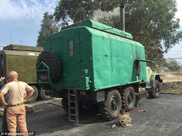 Đột nhập căn cứ không quân Nga ở Latakia ảnh 15