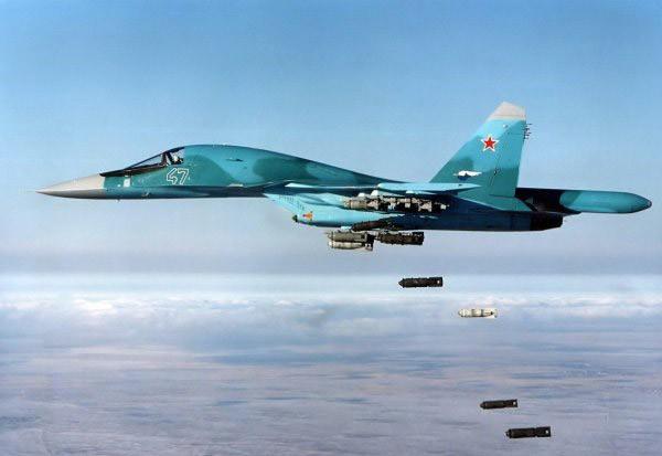 """Sức mạnh đáng sợ của tiêm kích """"Thú mỏ vịt"""" Su-34 Nga ảnh 1"""