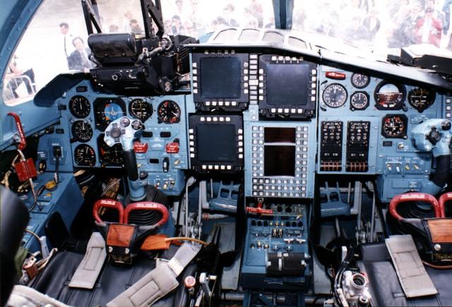 """Sức mạnh đáng sợ của tiêm kích """"Thú mỏ vịt"""" Su-34 Nga ảnh 3"""