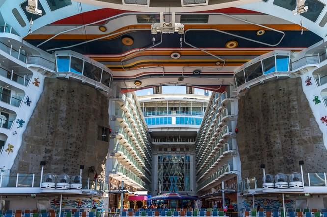 Tàu du lịch lớn nhất hành tinh Allure of the Seas ảnh 10