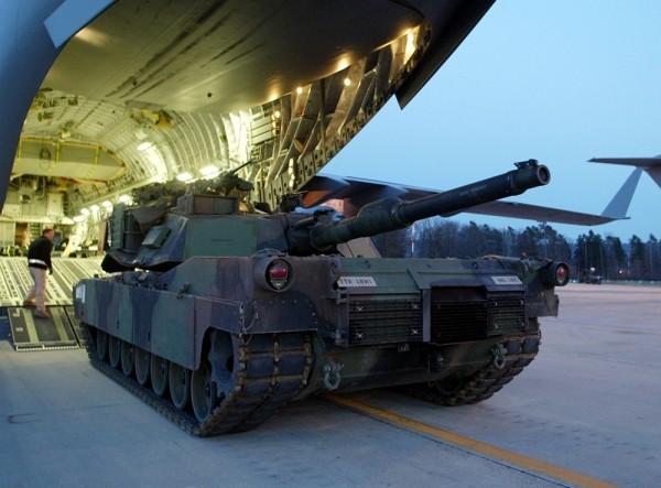 """Mỹ giới thiệu xe tăng """"Abrams"""" với đạn đa chức năng ảnh 4"""