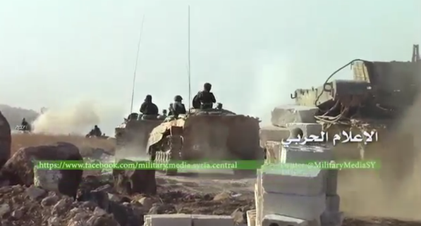 Chùm ảnh: Cuộc chiến ác liệt ở Syria ngày 25.10 ảnh 8