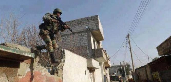 Chiến trận giằng co ác liệt giữa quân đội Syria và chiến binh IS, en - Nursa ảnh 25