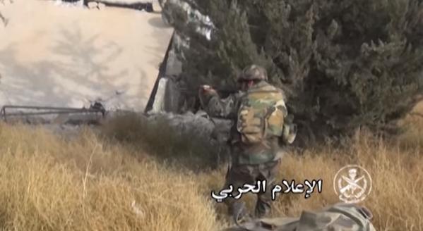 Chiến trận giằng co ác liệt giữa quân đội Syria và chiến binh IS, en - Nursa ảnh 30