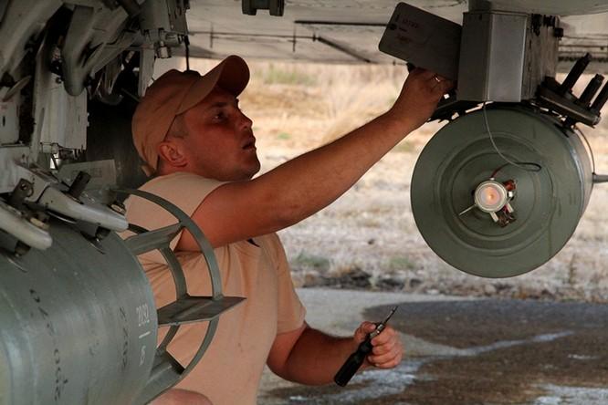 Đột nhập căn cứ không quân Nga ở Syria ảnh 2