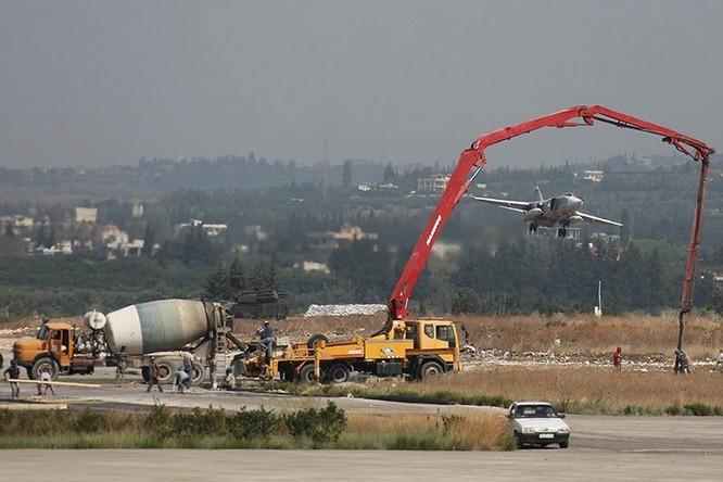 Đột nhập căn cứ không quân Nga ở Syria ảnh 3