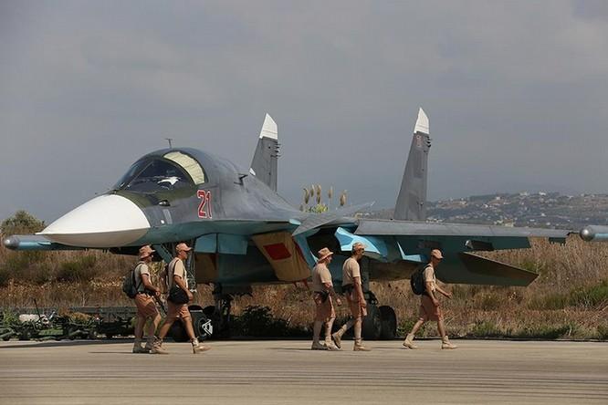 Đột nhập căn cứ không quân Nga ở Syria ảnh 7