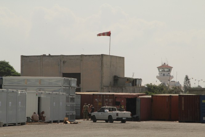 Đột nhập căn cứ không quân Nga ở Syria ảnh 28