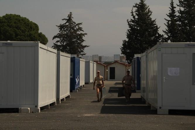 Đột nhập căn cứ không quân Nga ở Syria ảnh 34
