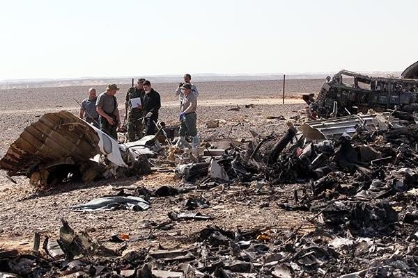 Tại hiện trường tai nạn A321 có những vật thể lạ ảnh 23