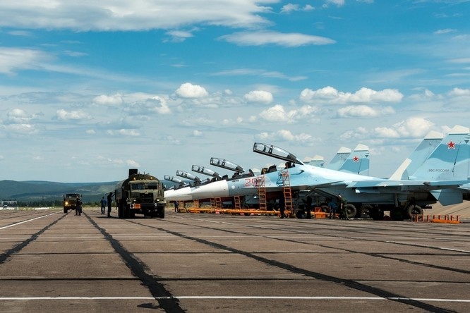 Một ngày trong căn cứ không quân chiến lược Nga ảnh 3