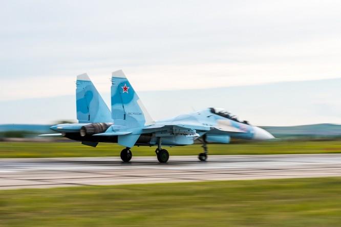Một ngày trong căn cứ không quân chiến lược Nga ảnh 13