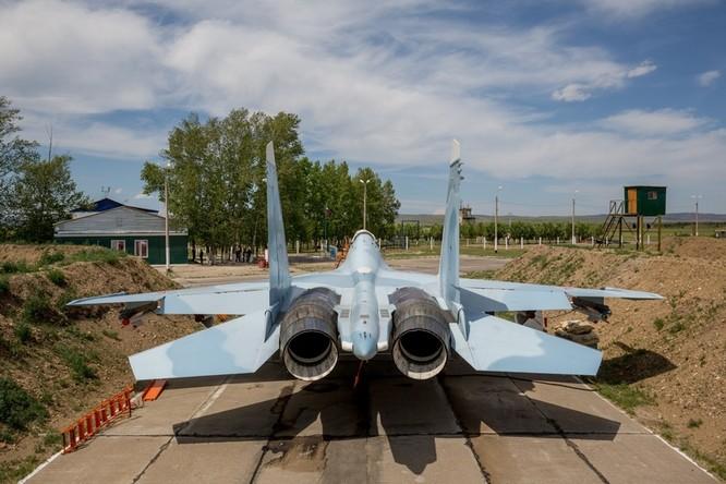 Một ngày trong căn cứ không quân chiến lược Nga ảnh 17