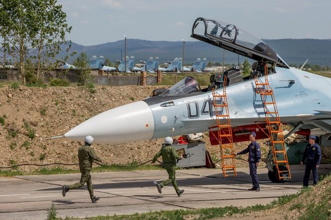 Một ngày trong căn cứ không quân chiến lược Nga ảnh 20