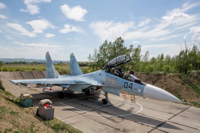 Một ngày trong căn cứ không quân chiến lược Nga ảnh 22