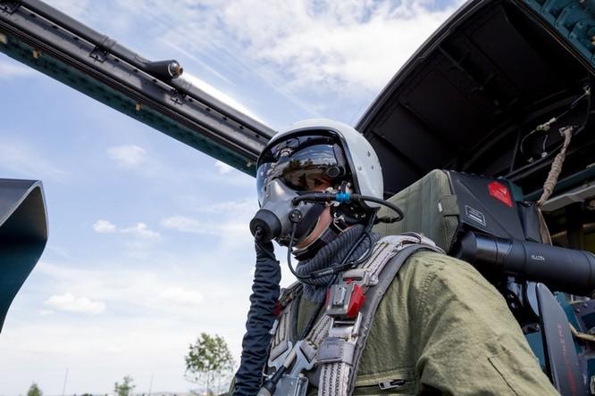 Một ngày trong căn cứ không quân chiến lược Nga ảnh 25