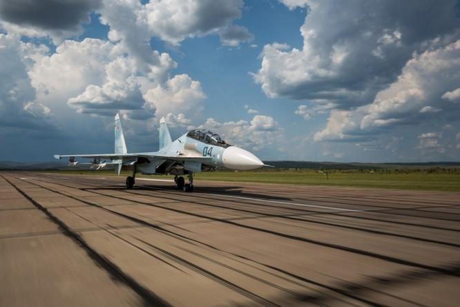 Một ngày trong căn cứ không quân chiến lược Nga ảnh 31