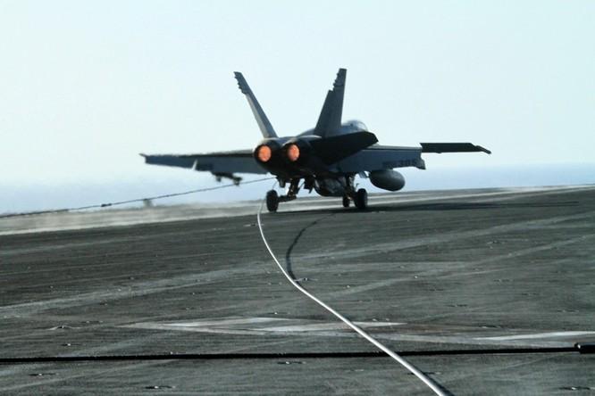 Tại sao tàu sân bay Mỹ là át chủ bài thống trị ảnh 10