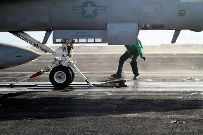 Tại sao tàu sân bay Mỹ là át chủ bài thống trị ảnh 17