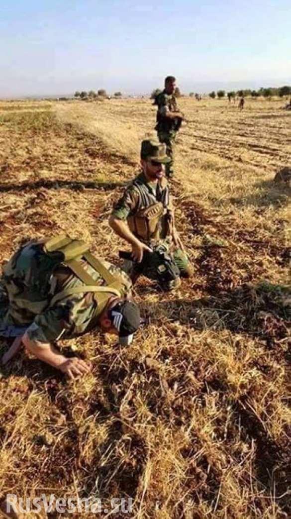 Đặc nhiệm Syria chọc thủng vòng vây quanh căn cứ không quân Kuveyris ảnh 1
