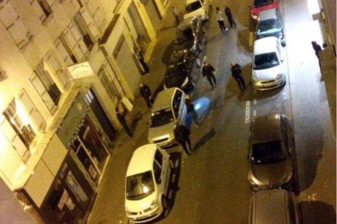 Những khoảnh khắc hãi hùng vụ tấn công đẫm máu tại Paris ảnh 35
