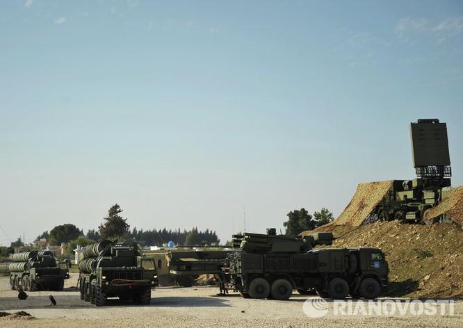Video và ảnh triển khai hệ thống S-400 siêu hiện đại ở Syria ảnh 6