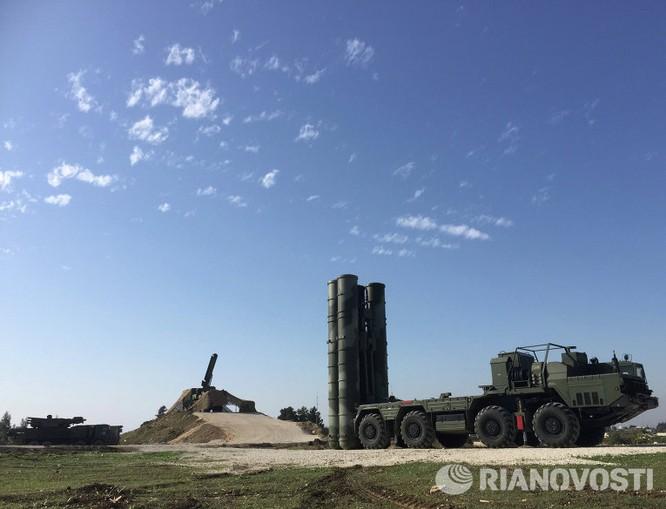 Video và ảnh triển khai hệ thống S-400 siêu hiện đại ở Syria ảnh 7