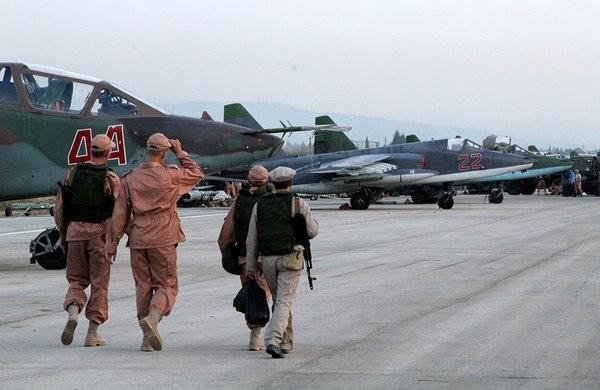 Syria nóng bỏng sau ngày thảm họa Su-24 ảnh 13