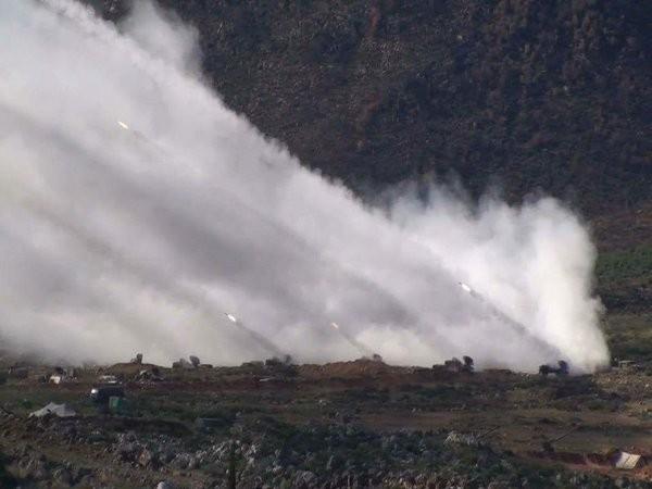 Quân đội Syria dội bão lửa IS, phương Tây suốt ruột vào cuộc ảnh 4