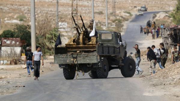 Syria dồn dập tấn công, Mỹ đe dọa trừng phạt Nga và Iran ảnh 10