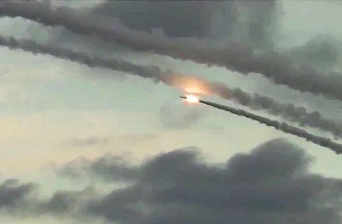 Chiến sự Syria nóng bỏng, Nga không kích ồ ạt, Thổ Nhĩ Kỳ đòi lập vùng cấm bay ảnh 7