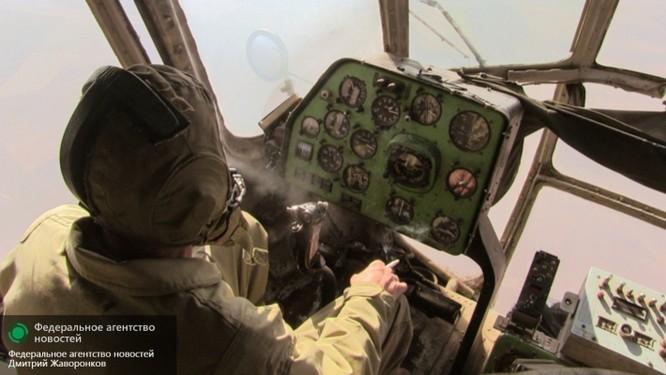Cầu hàng không Mi-8: nguồn sống của Deir ez-Zor ảnh 3