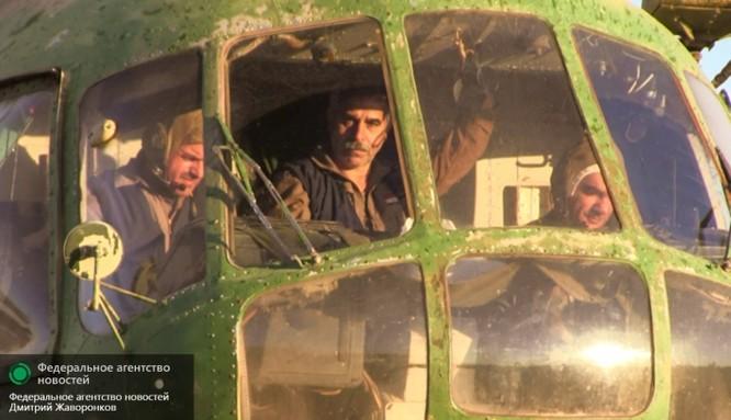 Cầu hàng không Mi-8: nguồn sống của Deir ez-Zor ảnh 10