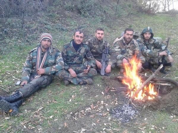 Syria dồn ép khủng bố, Nga tăng hỏa lực, nóng bỏng cuộc đấu chính trị ảnh 19