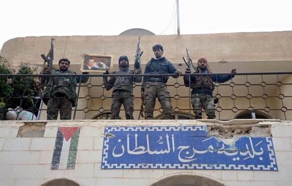 Quân đội Syria đánh ác liệt ở Latakia, tiến được 150 km ảnh 9
