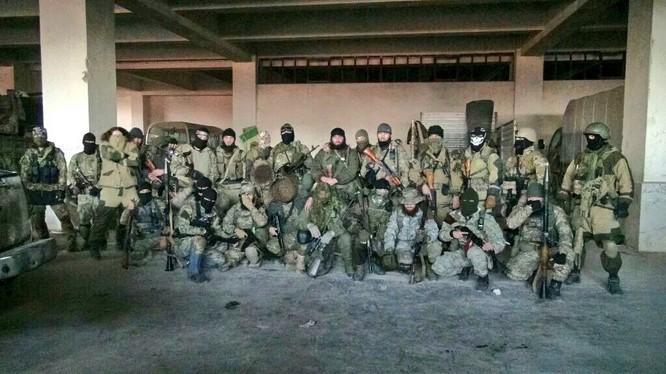 Quân đội Syria đánh ác liệt ở Latakia, tiến được 150 km ảnh 18
