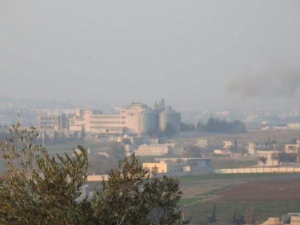Tấn công với T-90 ở Aleppo, thế phong tỏa biên giới Thổ Nhĩ Kỳ của quân đội Syria rõ dần ảnh 7