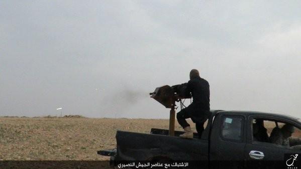 Tấn công với T-90 ở Aleppo, thế phong tỏa biên giới Thổ Nhĩ Kỳ của quân đội Syria rõ dần ảnh 10