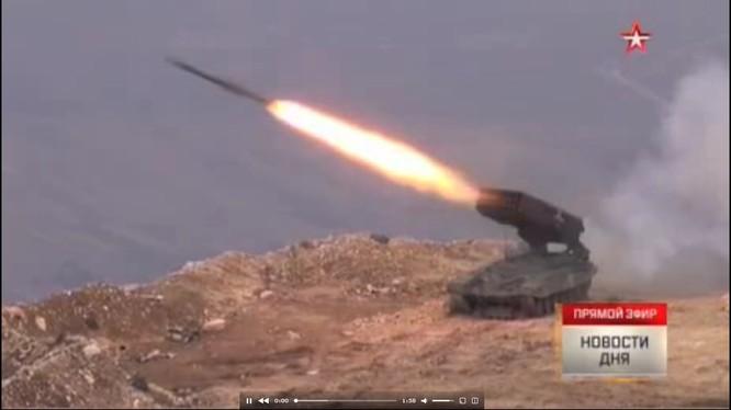 Tấn công với T-90 ở Aleppo, thế phong tỏa biên giới Thổ Nhĩ Kỳ của quân đội Syria rõ dần ảnh 14