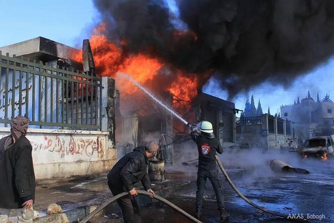 """Syria ác liệt trên khắp các mặt trận, IS """"trảm"""" 50 chiến binh sợ chết ảnh 2"""