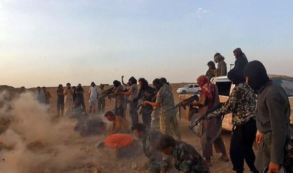 """Syria ác liệt trên khắp các mặt trận, IS """"trảm"""" 50 chiến binh sợ chết ảnh 3"""
