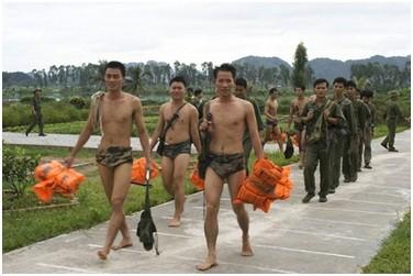 """Đặc công Việt Nam """"xuất quỷ nhập thần"""" khiến kẻ thù khiếp sợ (P2) ảnh 8"""