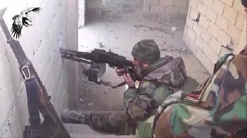 Video: Cuộc chiến Deir Ez Zor căng thẳng, IS tăng cường 2000 quân ảnh 1