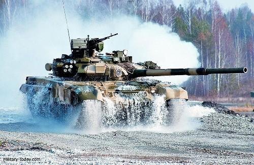 Video: Uy mãnh xe tăng T-90A trên chiến trường Aleppo, Syria ảnh 1