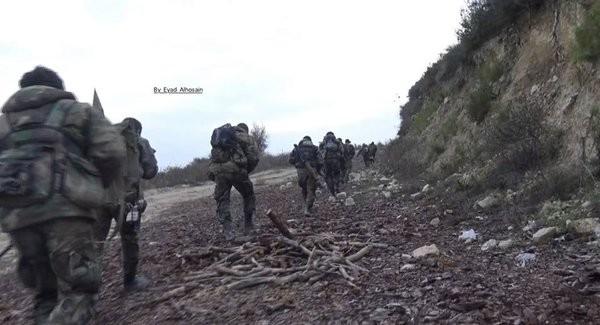 Quân đội Syria tiến công mạnh ở Aleppo và Raqqa với vũ khí mới của Nga ảnh 8