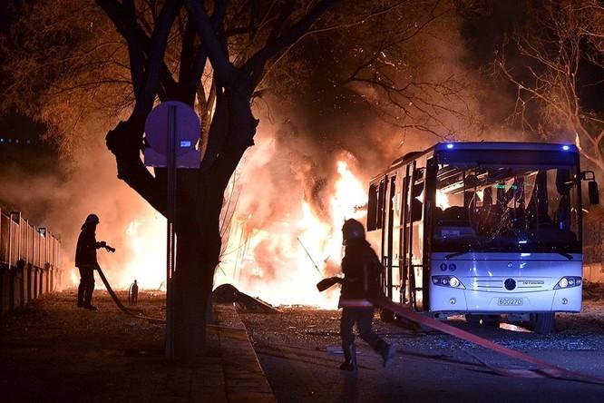 Khủng bố ở Ankara khiến 28 người thiệt mạng ảnh 1